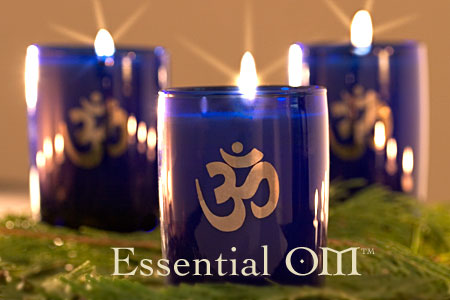 Essential OM candle